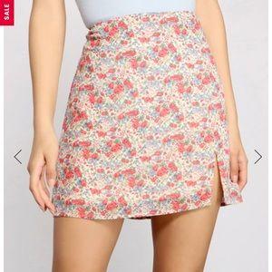 BNWT floral mini skirt